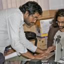 プライアス・アビナブ(Prayas Abhinav)さん・左とYashas Shettyさん右